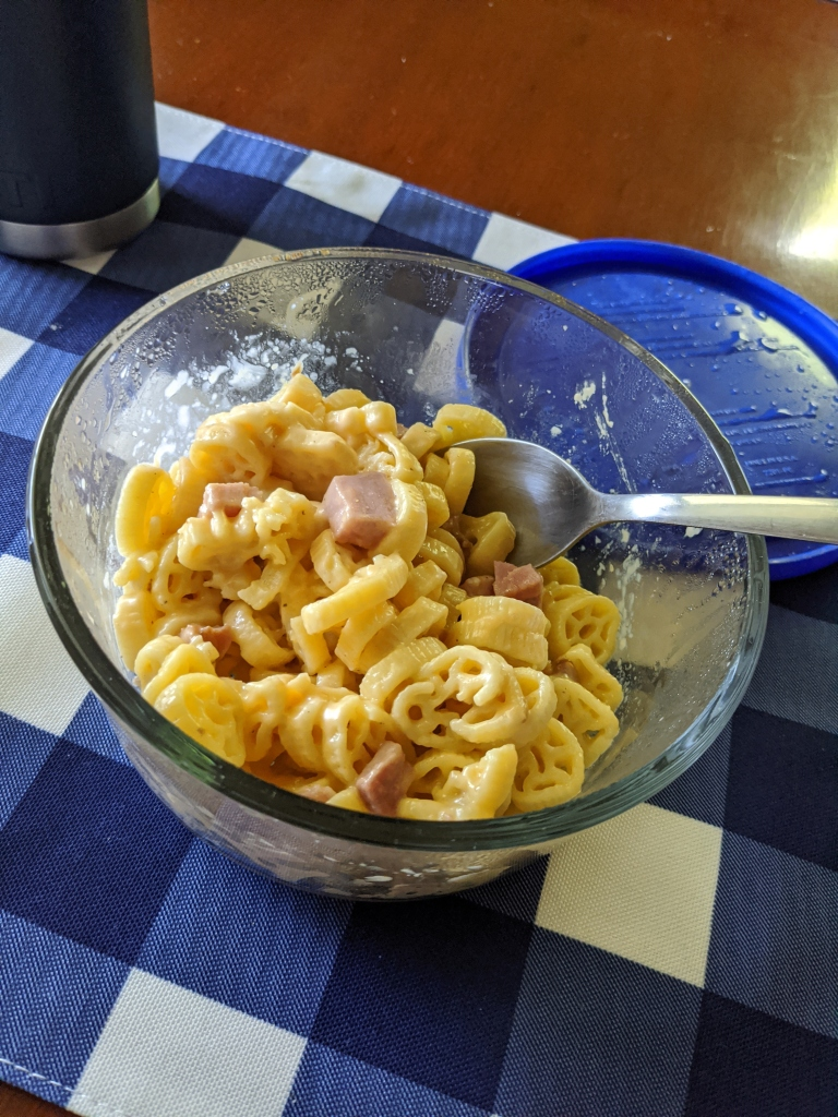 Delicious, budget friendly ham and cheese pasta made in the quick cooker makes great lunches